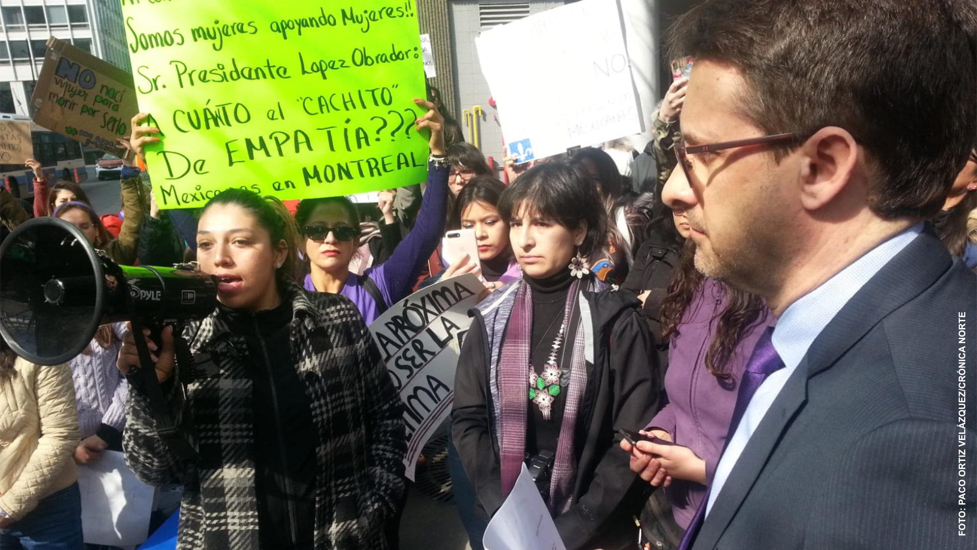 Mexicanas se manifiestan en Montreal para exigir a su gobierno que pare los feminicidios