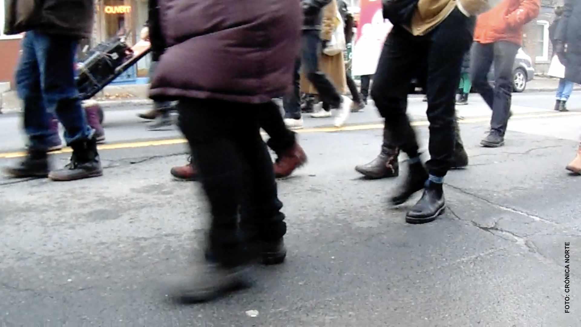 """Montreal: """"Insumisos"""" marchan contra medidas sanitarias"""