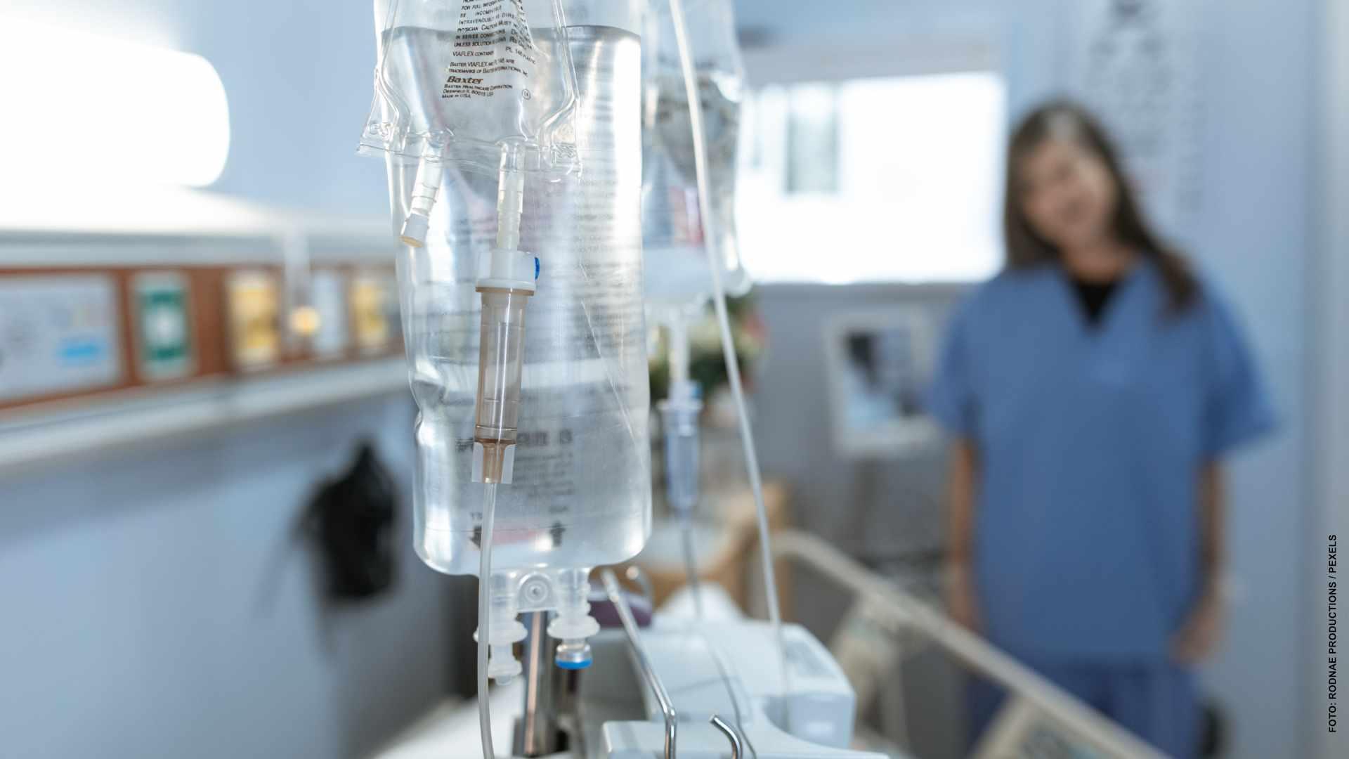 Quebec ofrece más dinero para retener a personal de Salud